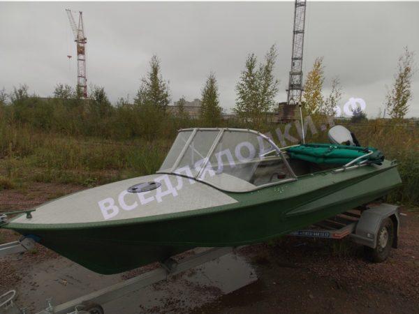 Обь-1.<br>Стекло в рамке с калиткой для выхода на нос 28