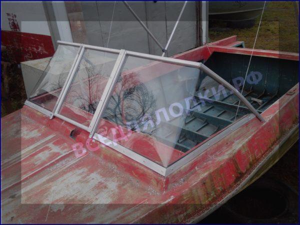 Крым. <br>Стекло в рамке с калиткой для выхода на нос 3