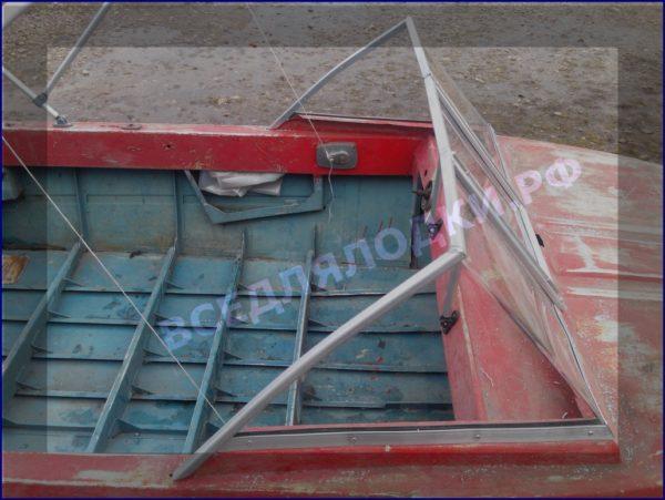 Крым. <br>Стекло в рамке с калиткой для выхода на нос 12