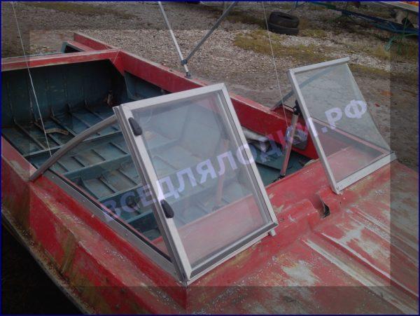 Крым. <br>Стекло в рамке с калиткой для выхода на нос 16