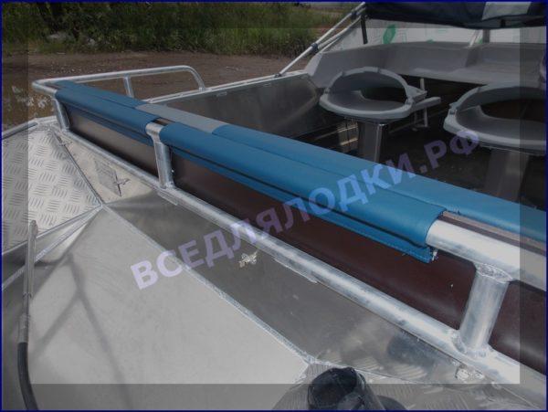 Вятьбот 430М. (Wyatboat-430M). Подушки на задний рундук. 3