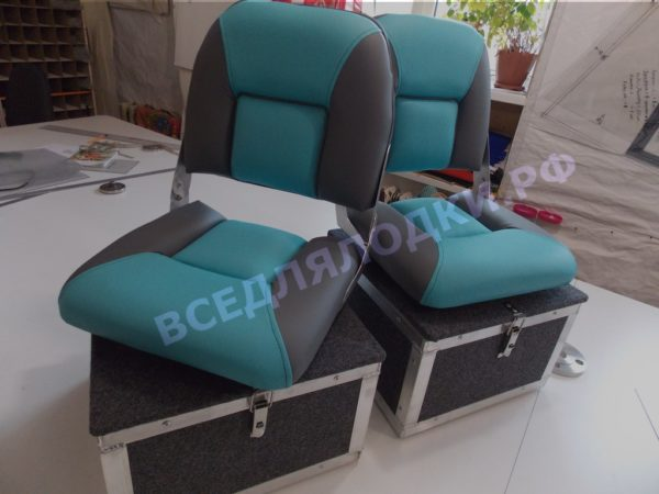Кресло Мста в комплекте с рундуком на поворотном основании. МстаПро.