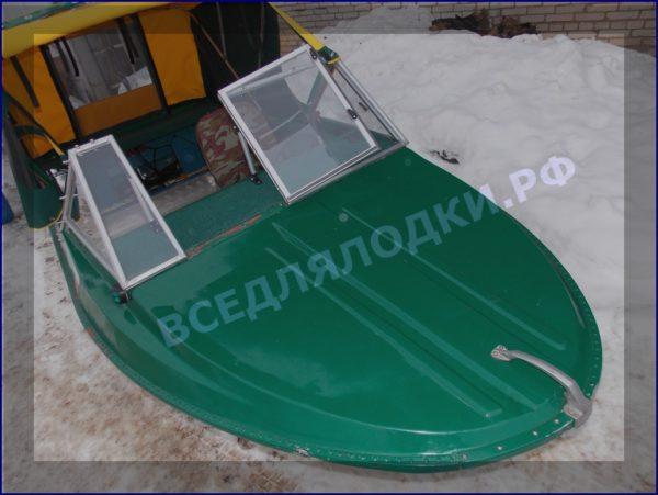 Крым-М. Стекло в рамке с калиткой для выхода на нос 9