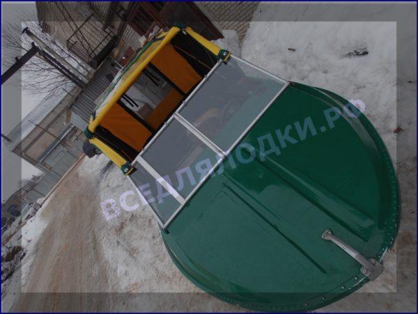 Крым-М. Стекло в рамке с калиткой для выхода на нос 15